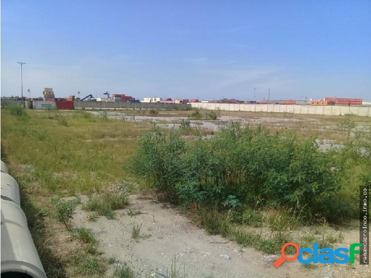 Terreno para almacenar de 30.000 m2