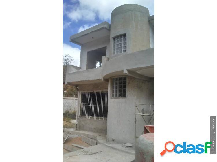 Carrizal Casa, Urb El Golf Colinas.
