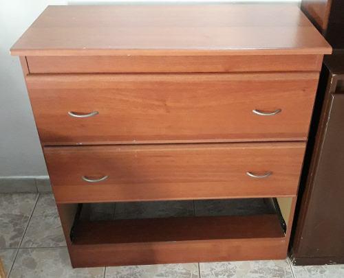 Mueble gavetero de madera