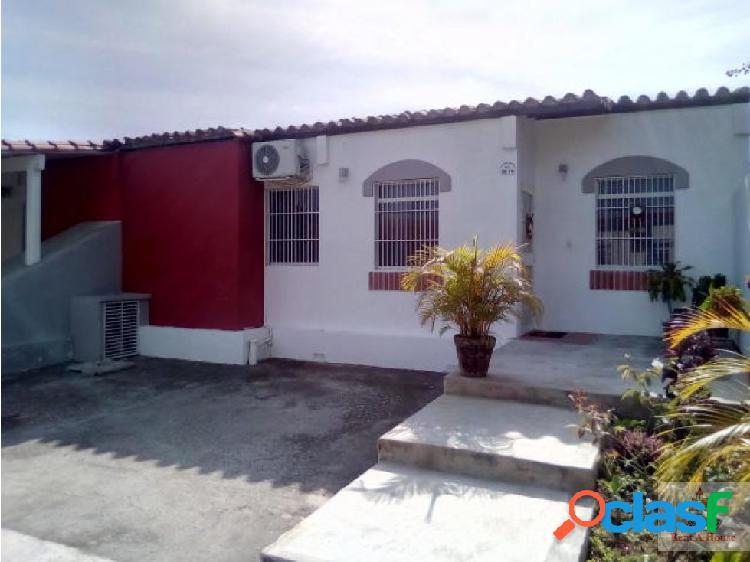 Rafael reyes vende hermosa casa cabudare