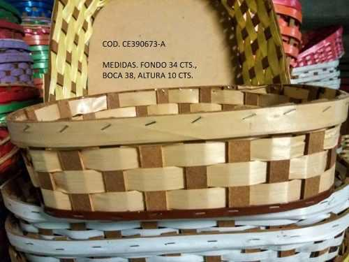 Cesta tejida artesanal rectangular 44 x 32 cts, alto 11cts