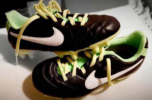Tacos zapatos deportivos nike importado futbol soccer niños