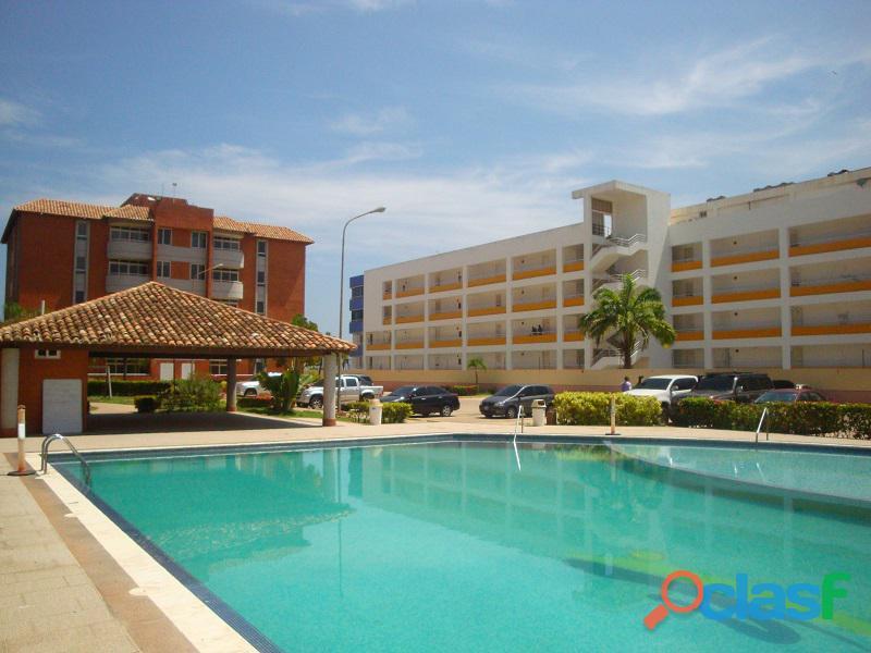 Venta de apartamento en americo vespucio playa guaica