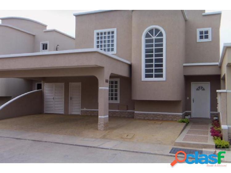 Rafael reyes vende hermosa casa en barquisimeto