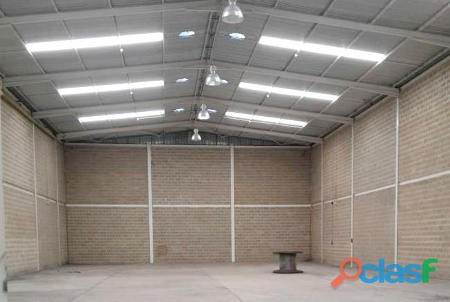 Galpón de 857 m2 en venta zona industrial castillito   ygl6