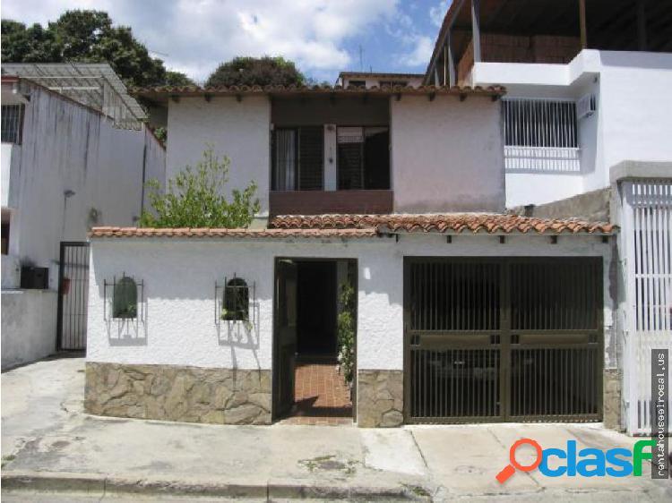 Casa en Ccs - PdraAzul LS MLS#17-4670