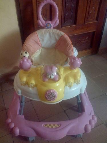 Andadera para bebé con mango para paseo