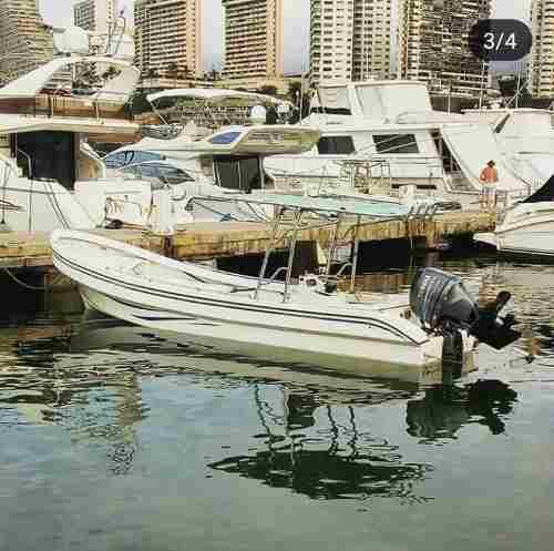 Peñero trompa de ballena con motor 100hp yamaha