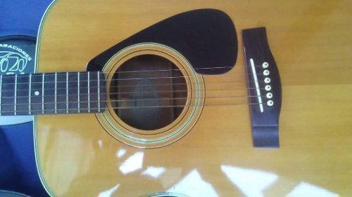 Guitarra acústica folk yamaha cuerdas metal cero detalles