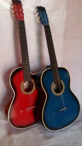 Guitarra como nueva sin uso en su forro