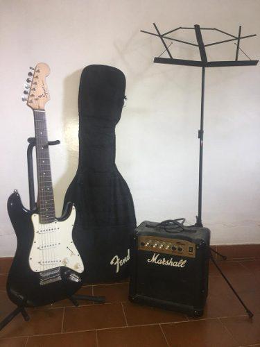 Guitarra electrica squier fender + amplificador + accesorio