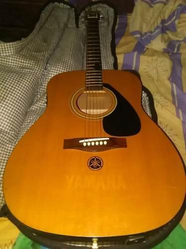 Guitarra yamaha electroacustica