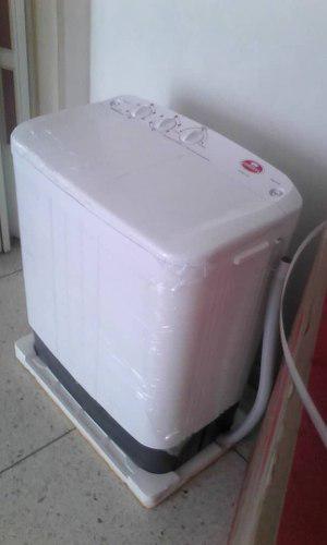 Lavadora doble tina condesa 5kg. 145 bs