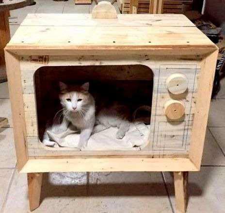 Casa Para Gato En Forma De Tv De Madera
