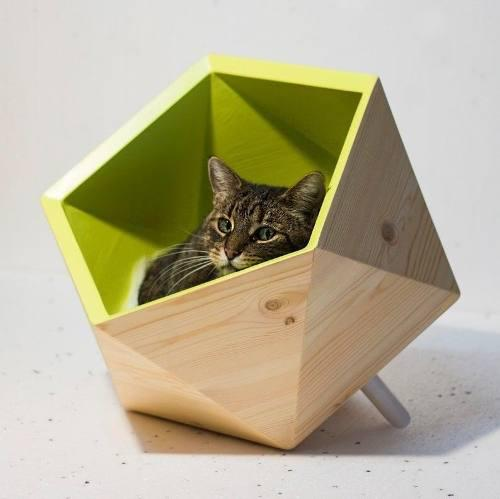 Casa Para Gatos Con Un Diseño Elegante Hecha De Madera