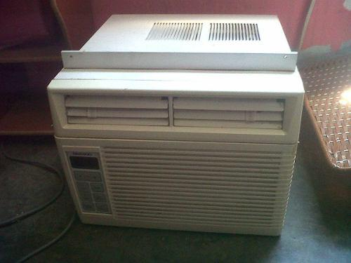 Aire acondicionado de ventana compresor dañado (25vrds)