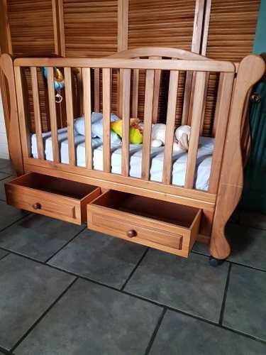 Cama cuna para bebé y colchón