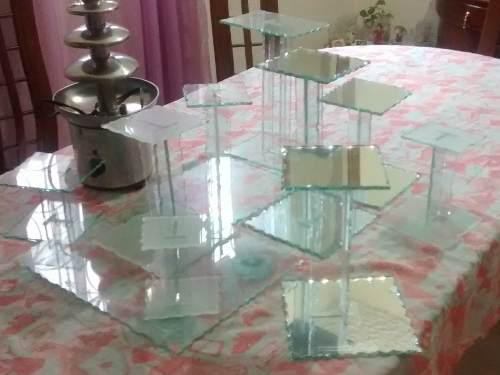 Base para tortas y pasapalos de vidrio biselado(9 piezas)