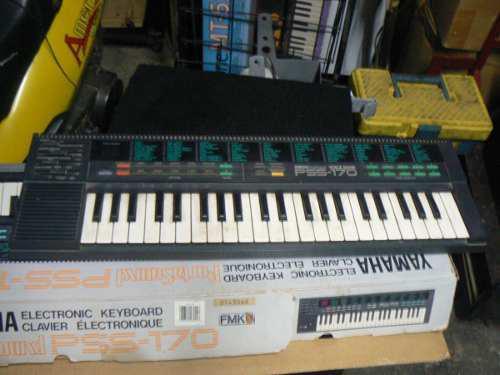 Teclado Yamaha Pss-170 Con Mas De 99 Sonidos Polifónico