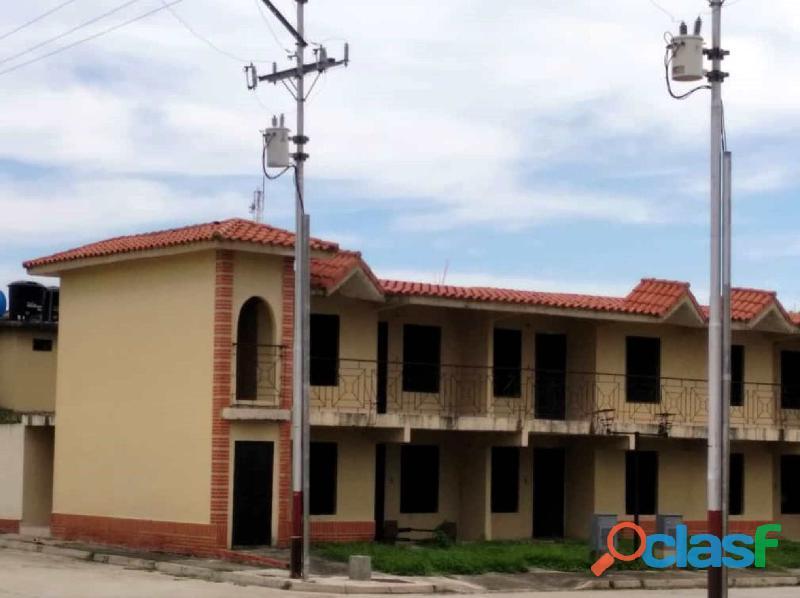 Se Vende Casa en Obra Gris en el Alboral II Flor Amarillo , Valencia