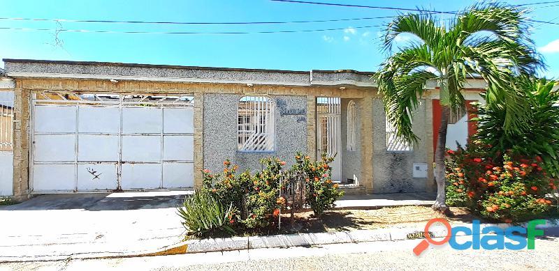 Se vende hermosa casa en la urb. laurencio silva en ciudad alianza
