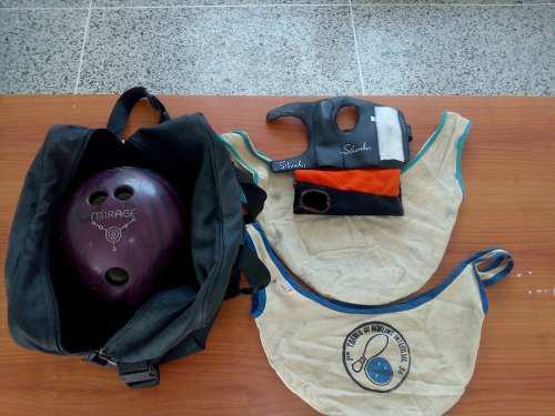 Pelota de bowling mirage 14lb con maletin-50$