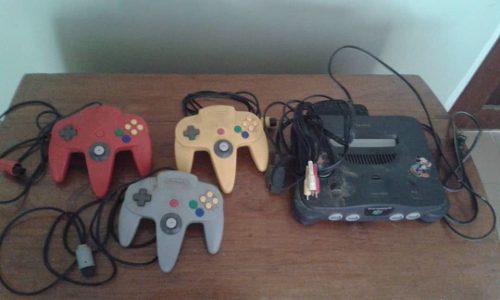 Nintendo 64 con juegos