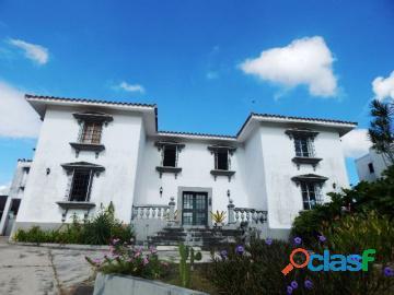 Casa en venta guataparo country club, valencia, carabobo, enmetros2, 19 112002, asb