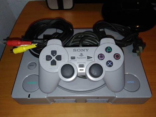 Playstation 1 + 2 controles +memoria + juego como nuevo (20)
