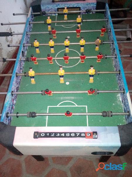 Vendo futbolito original en perfectas condiciones negociable