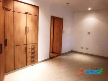 Apartamento en Venta en el Bosque, Valencia, Carabobo, Enmetros2, 19 03024, asb 13