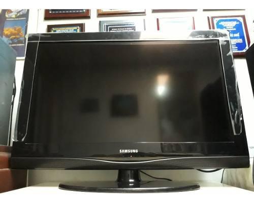 Tv samsung lcd 32 pulg como nuevo control+base pared (140)
