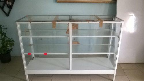 Vitrina exhibidora vidrio