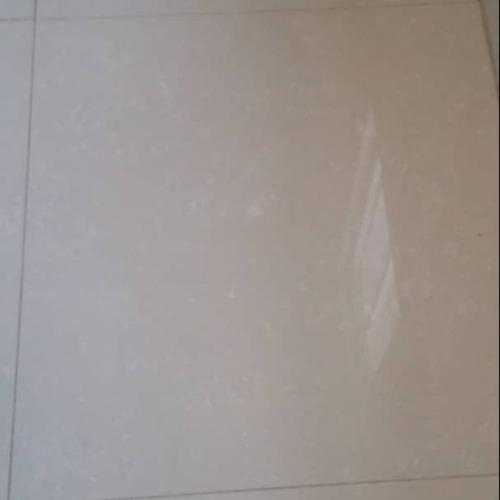 Porcelanato 60x60 cm beige remate barato