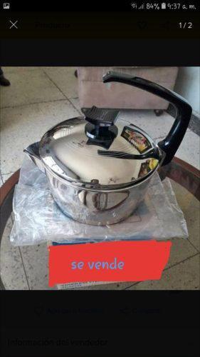 Ollas, y extractor de jugo rena ware nuevo