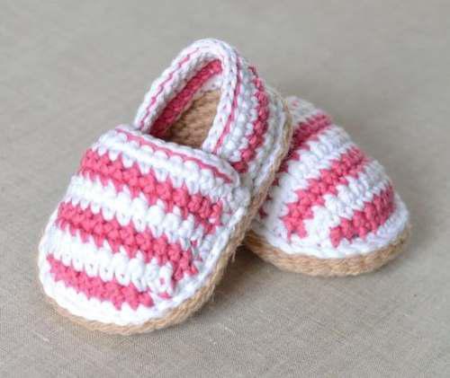 Sandalias de bebe tejidas a crochet