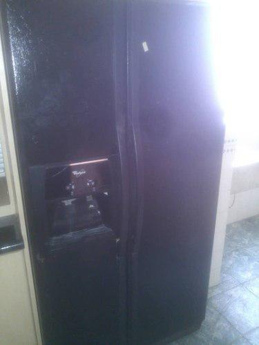 Nevera whirlpool 2 puertas verticales negra 22 pies
