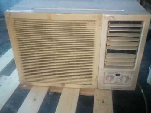 Aire acondicionado electrolux, 24.000 btu, 220 voltios