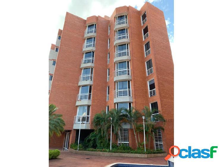 Apartamento en conj. resd. los arrayanes plaza