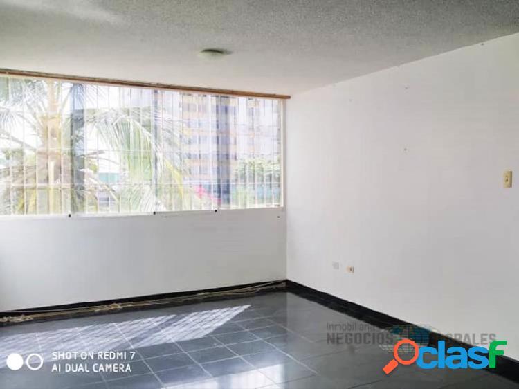 Apartamento en residencias la churuata, torre 3