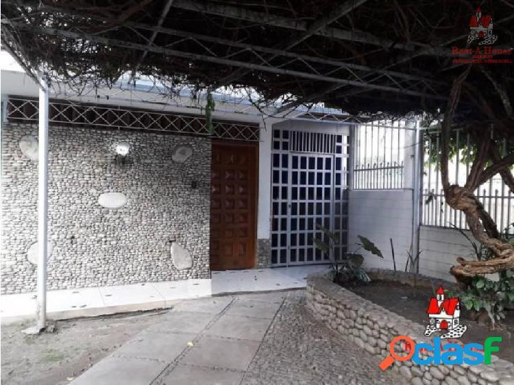 Casa venta las delicias maracay cod. 19-18640 chm