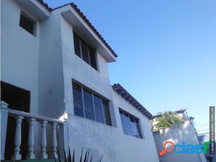 Casa en venta colinas de santa rosa 19-1018