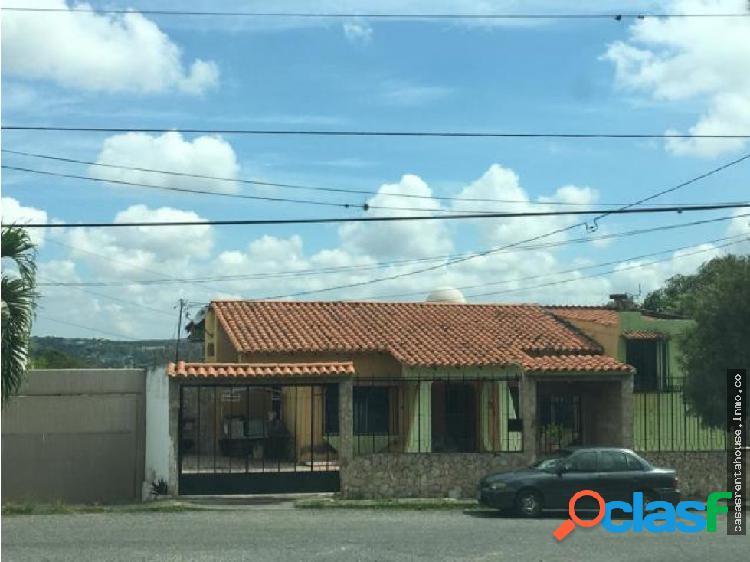 Casa en venta colinas de santa rosa 19-15906