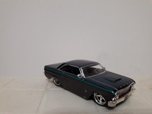 Ford falcón marca jada toys escala 1/64