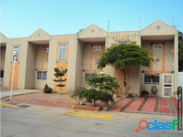 Casa en Venta Valle Claro MLS 19-9114 ACRA