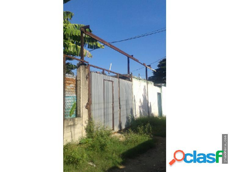 Casa en avenida aragua maracay venezuela