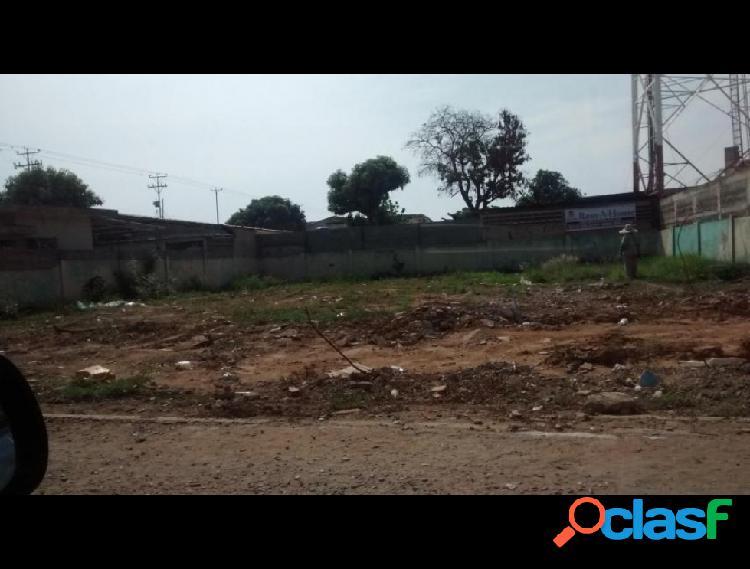 Terreno en venta en avenida vargas, ciudad ojeda
