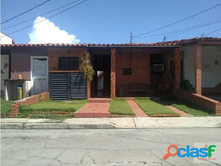 Casa en venta en cabudare. cod. 19-20071