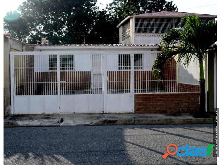 Vende casa en cabudare rah 19-14461