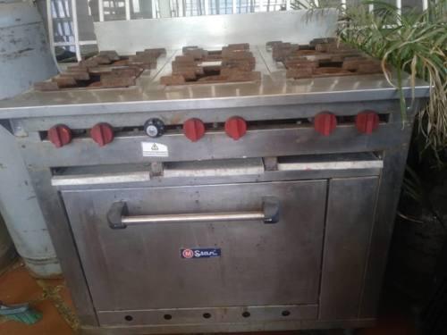 Cocina industrial 6 hornillas